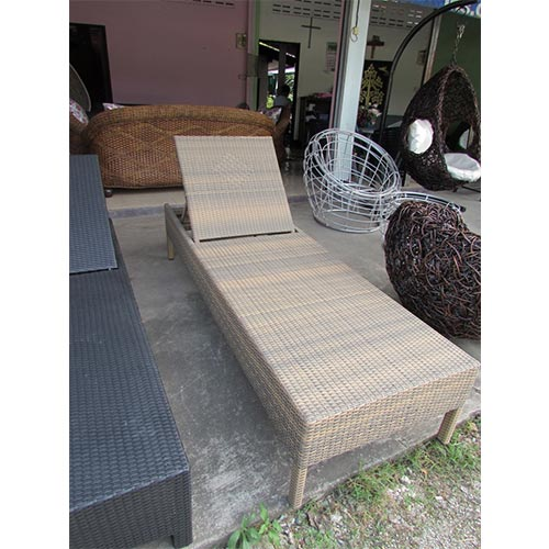 ADJUSTABLE SUN LOUNGER 1.2 MM ALUMINIUM THAI SYNTHETIC RATTAN COMES WITH STANDARD CUSHION